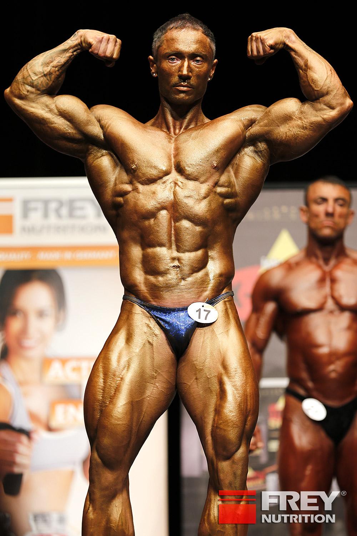 Ádám Dudás - front double biceps