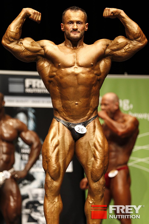 Alexej Kauz - front double biceps