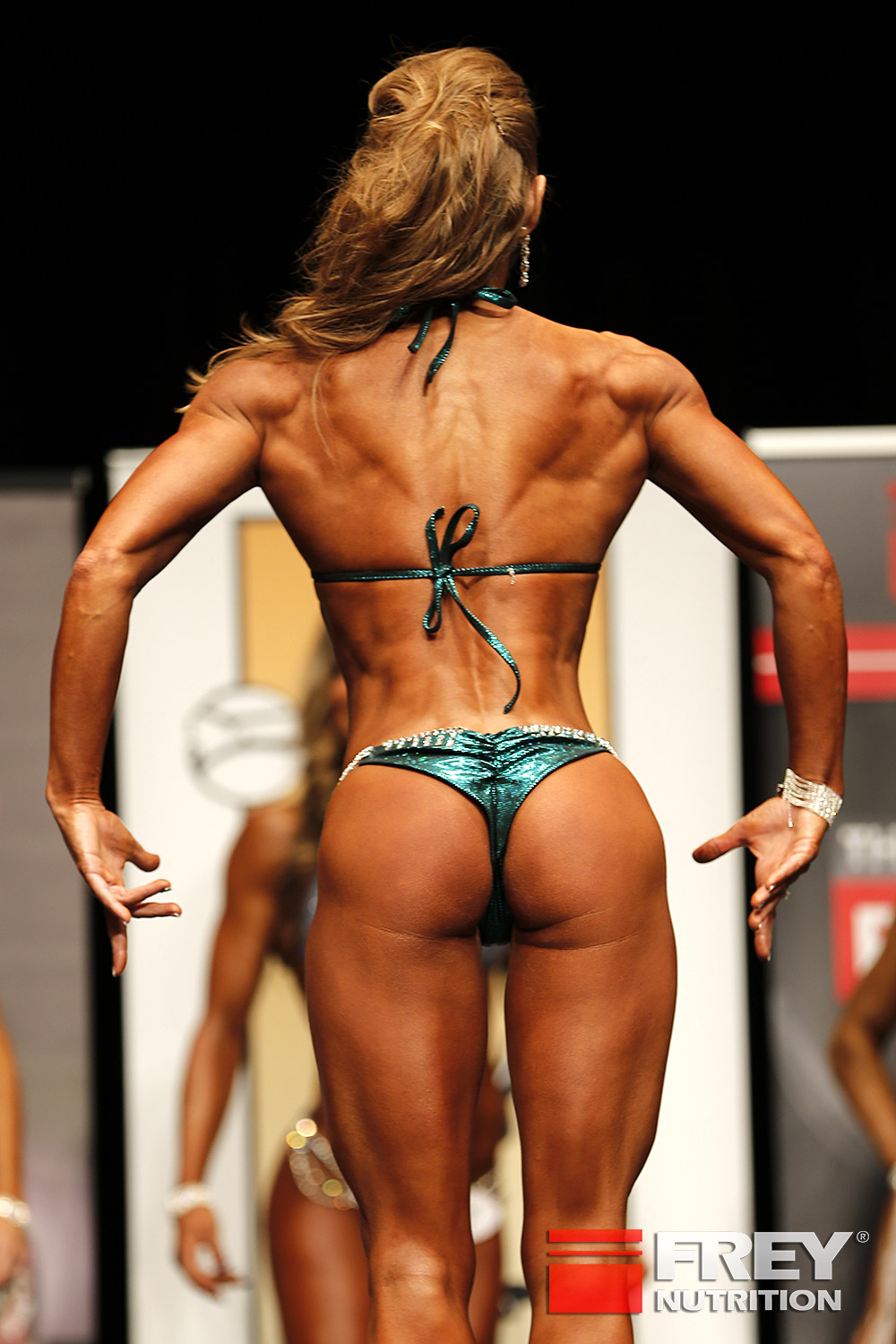 Julia Bodor - Line-Up from the back