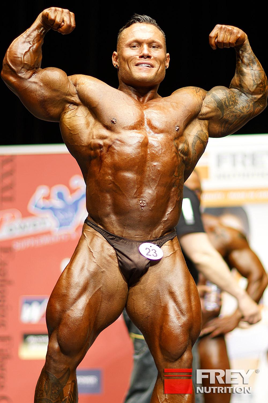 Marius Graatrud - front double biceps