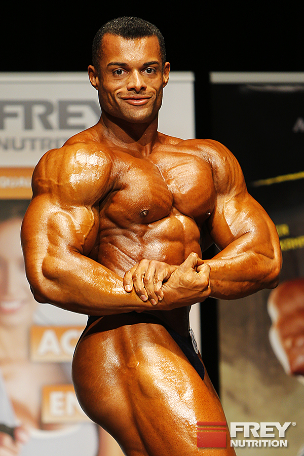 Alex La Llave - side chest