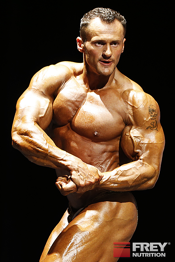 Alexej Kauz - side chest