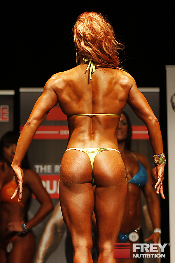 Nikoletta Benedek - Line-Up from the back