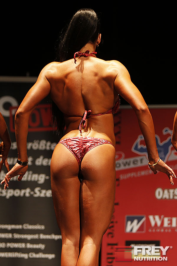 Olga Kickenberg - Line-Up from the back