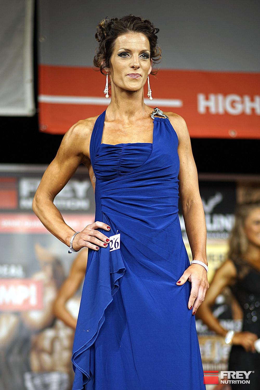 Ms. Bikini Shape over 30 | Sarah Sandscheper