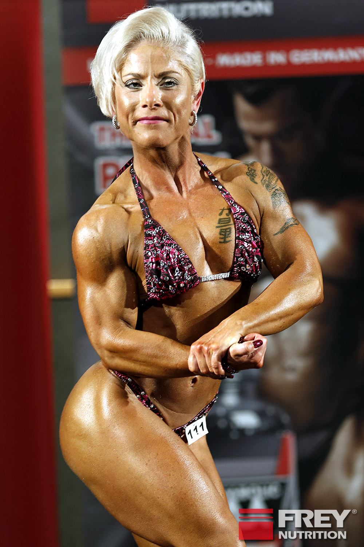 Frauen Body | Ariane Kiefel
