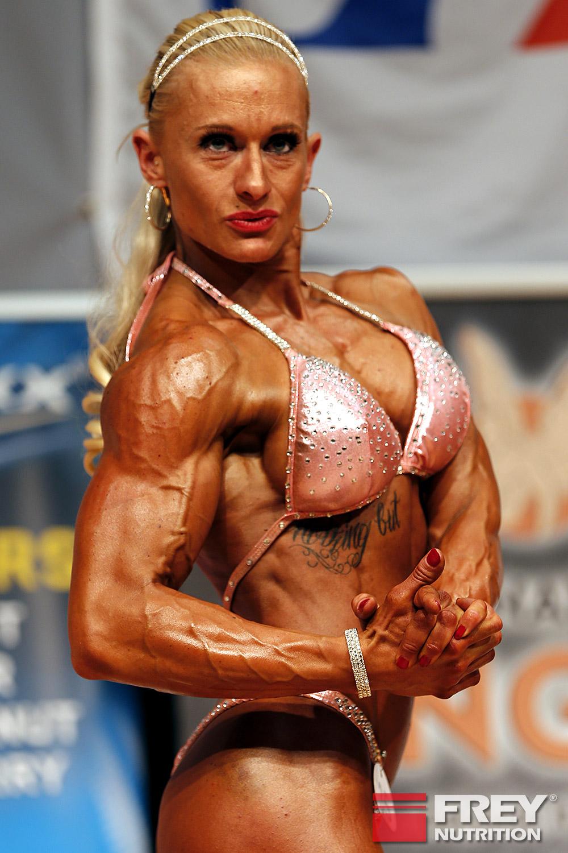 Frauen Figur   Marina Putziger