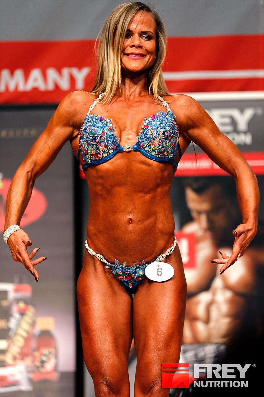 Bikini Shape over 30 | Reka Lajgut